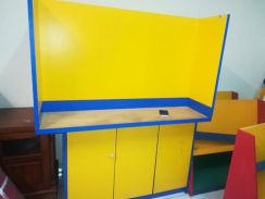 Kindergarden table and cabinet