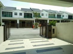 2STY SENAWANG LAVENDER HEIGHTS ( below mv )