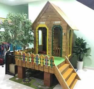 Rumah kayu pallet playhouse
