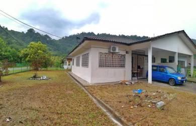CORNER LOT and SEMI FURNISHED - Desa Melor Serendah, Selangor
