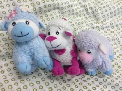 Cute Little Sheep x3