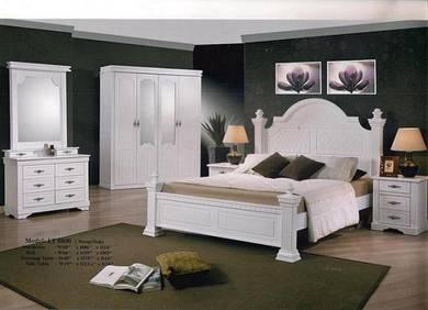 Golden bed room set-88800