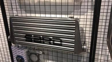 Sard delta fin intercooler 510x230x65x2.5 inlet