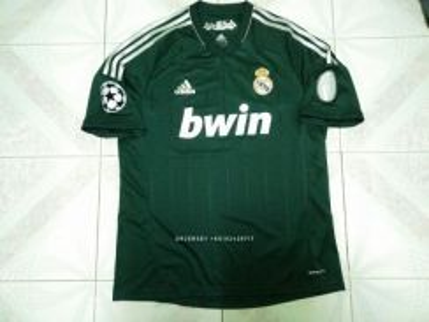 Real madrid third kit 2012/13 L size