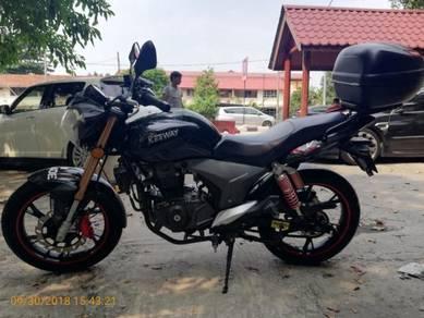 Benelli keeway RKV 200