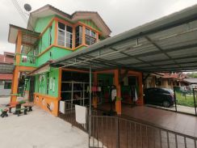 (Corner lot Luas) Double storey terrace Seksyen 3 Bandar baru Bangi