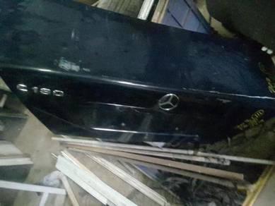 Mercedes w202 rear trunk