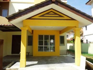 2.5 Storey Endlot with land at Amanputra, gated near Putrajaya/Cyber
