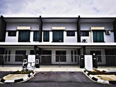 New Double Storey Terrace Intermediate House At City Garden