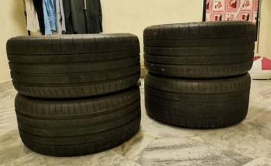 Used Michelin Pilot Super Sport 19 inch 4 pcs