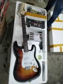 Gilbert guitar with 20 watts Amp