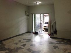 Freehold double storey taman sri gombak