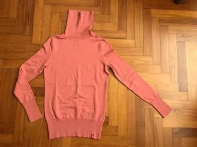 Esprit Knit