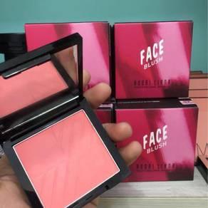 Face blush blusher