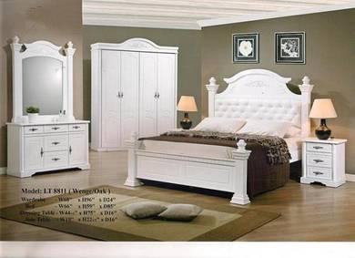 Golden bed room set-88811