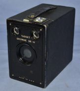 Kodak target brownie six-16 film box camera