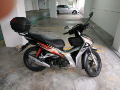 Expat moving - for sale Motorcycle honda 125
