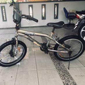 Basikal BMX