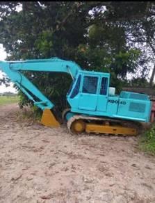 Excavator Kobelco K904D