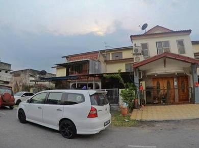 For Sales : 2.5 Storey Terrace , Taman Sri Jelok, Kajang