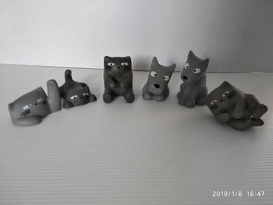 Cat & Dog Bathroom Deco