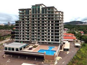 Canggih Height Condominium CORNER Unit for SALE
