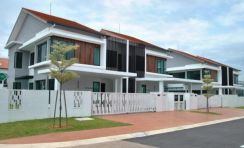 [Facing lake]0% New 2 Sty Superlink House 20x73 Freehold Near Sg Besi