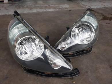 Lampu Depan Smoke HID Honda Jazz Fit GD3