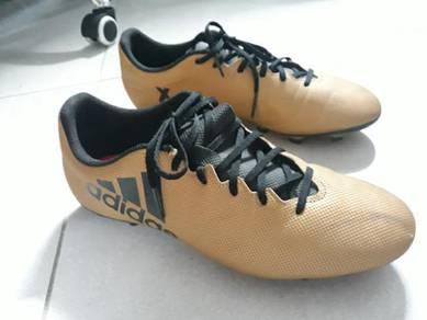 Kasut bola, football shoes