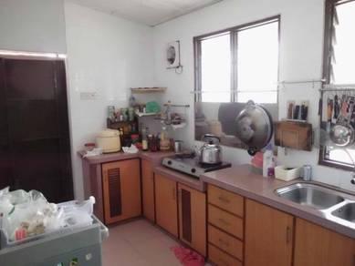 Bj court apartment bayan baru