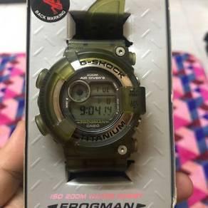 Authentic Gshock Frogman DW-8200