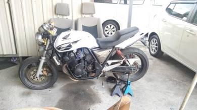 Honda CB400 Malaysia boleh tukar hak milik
