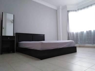 Room rent puchong, koi tropika, Columbia, LRT Bandar Puteri, Perdana