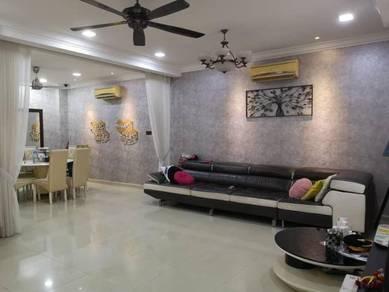 Fadason Villa 2.5 storey Nice Renovated Move in Laman Rimbunan Kepong