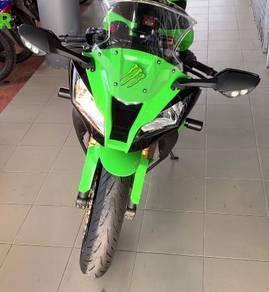 Kawasaki zx10r racer
