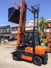 Japan Direct import Recond Toyota forklift 5FD25