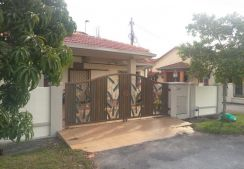 House in Bukit Raja for Sale