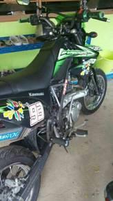 Cross kawasaki 150 cc klx d tracker