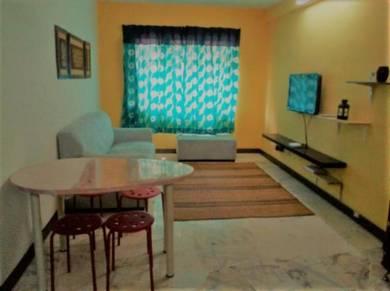Homestay Sek. 7 Shah Alam (3 Bedrooms, Free WiFi)