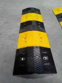Rubber speed hump cat eyes 500 mm
