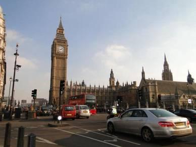 AMI Travel   10H7M Melancong ke London & Eropah