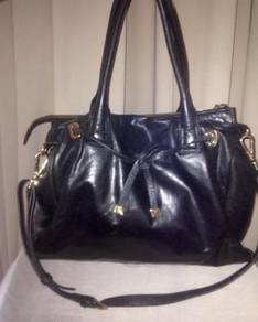 LEATHER BAG exclusive GRACIOUS AIRES branded
