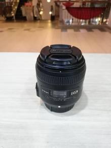 Nikon af-s 40mm f2.8g dx micro lens (95% new)