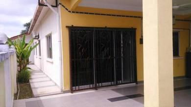 Rumah Teres Seksyen 30, Shah Alam