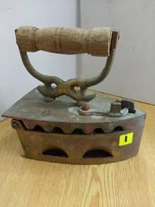 Seterika lama brass iron antique