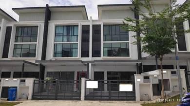 2.5 Storey Terrace House in Bandar Nusa Rhu, Seksyen U10, Shah Alam