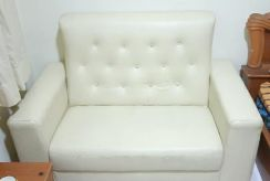 White 2 People Sit Sofa.still very good condition