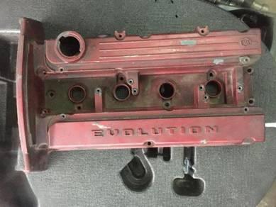 Mitsubishi EVO 7 engine valve cover