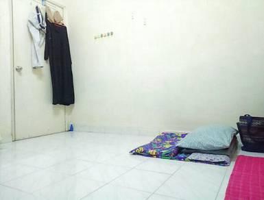 Second Bedroom Sharing - Pantai Murni