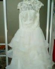 Pre-owned wedding dress